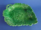 Lovely Green Majolica 'Poppy and Scroll' Serving Dish c1860 #2